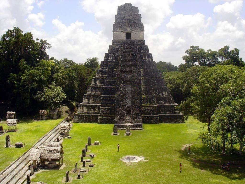 Республика Гватемала (Тикаль)