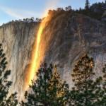Огненный водопад в Йосемитском Национальном парке