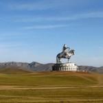 Памятник Чингисхану Улан-Батора